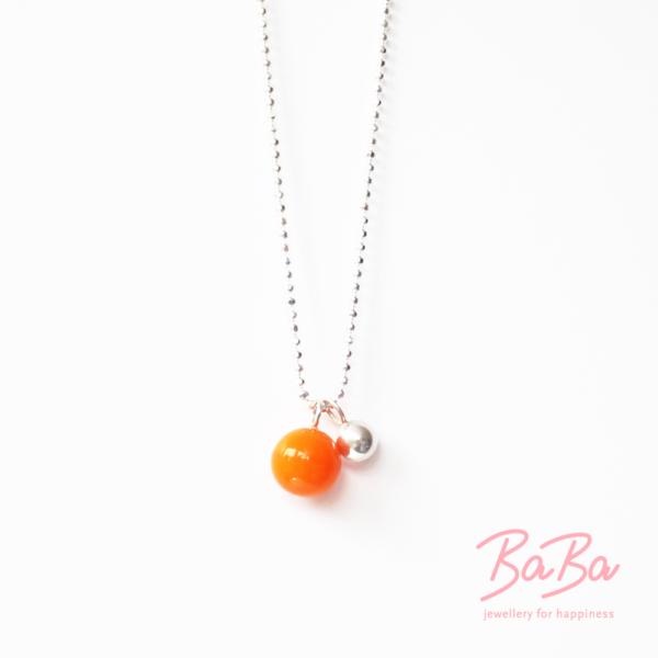 BaBa Sphere kurze Silberkette mit orangefarbener Glasperle
