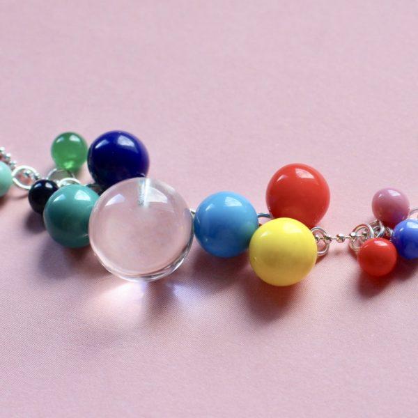 Lange Silberkette mit 13 bunten Glas- und Edelsteinkugeln BaBa jewellery for happiness