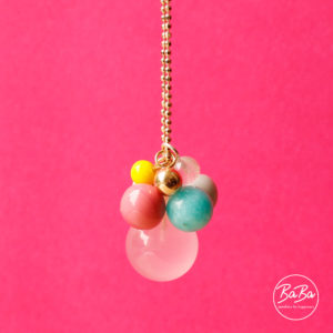 Baba jewellery for happiness lange Kette mit farbigen Kugel Anhängern